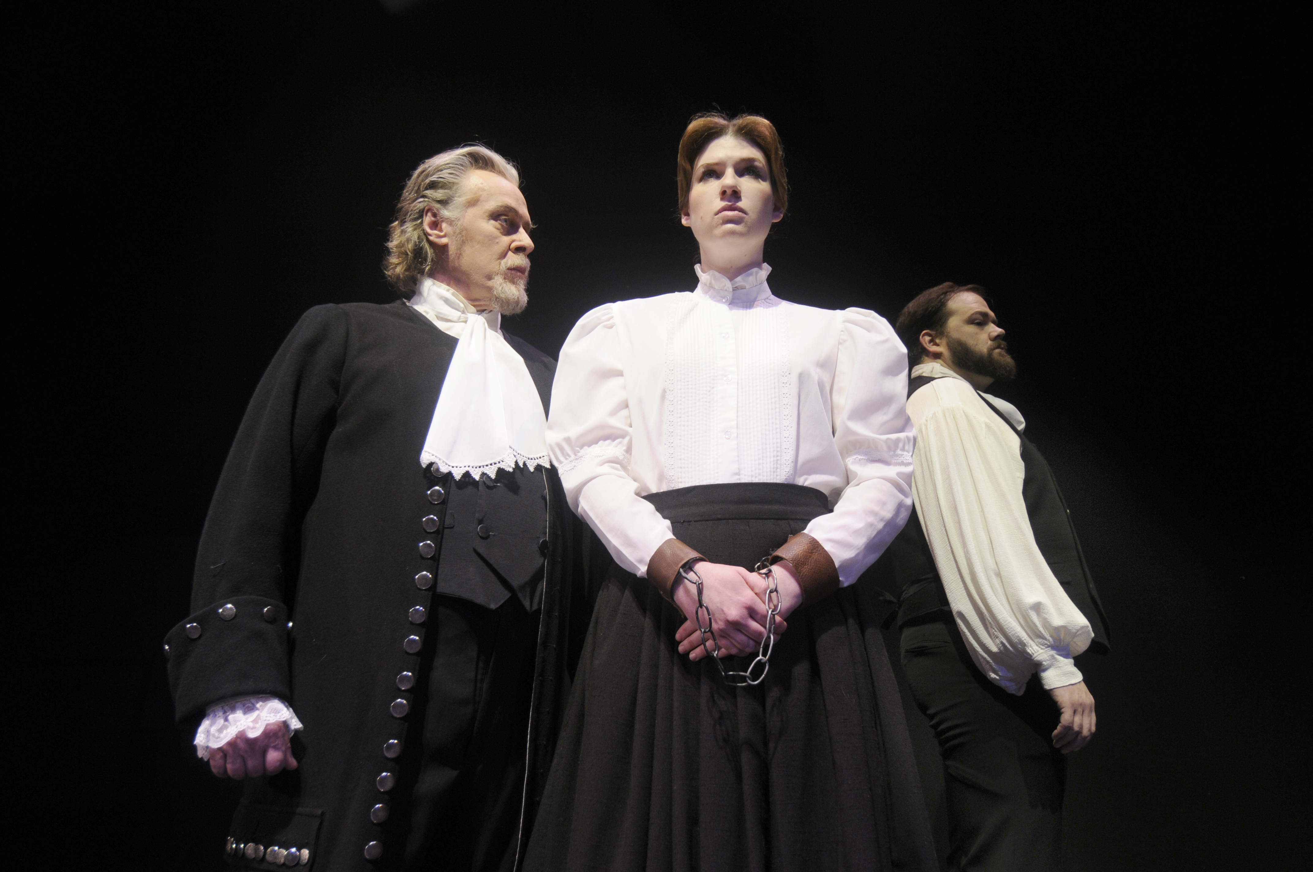 Director, actors breathe life into THE CRUCIBLE