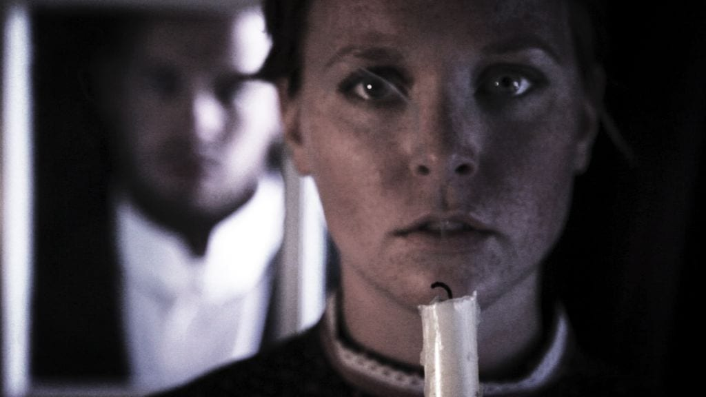 THE TURN OF THE SCREW AND OTHER GHOST STORIES has bumpy start, but still satisfies